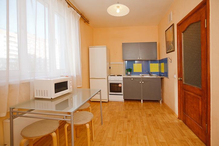 1к квартира с авторской росписью стен